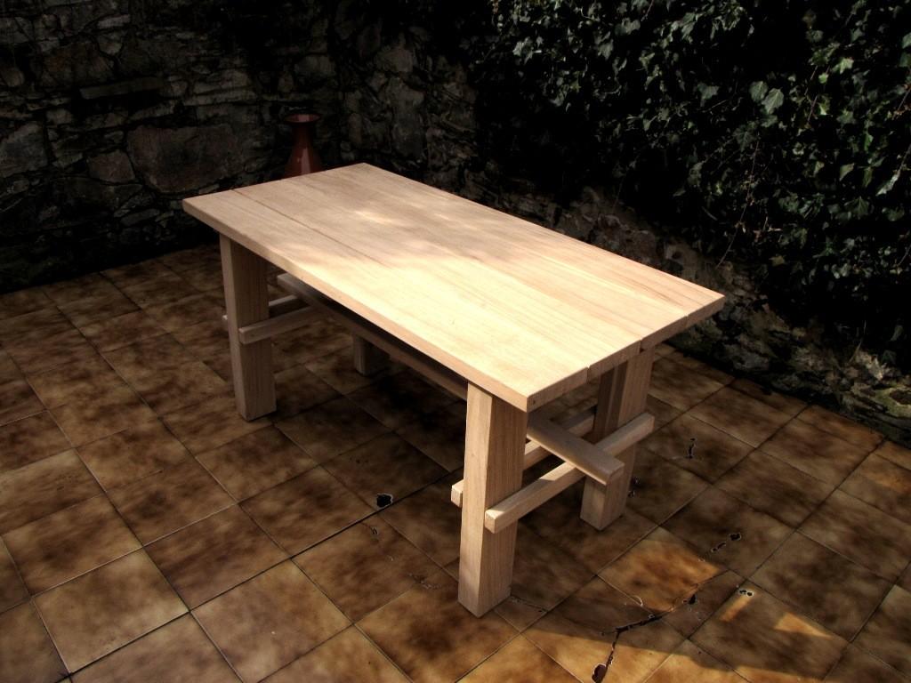 3f6ebdcb97ce Záhradný masívny stôl