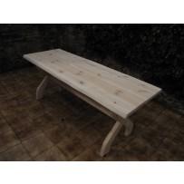 smrekový zahradny stol